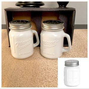 🆕Mason Craft & More 2PC Salt & Pepper Shakers